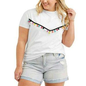 🆕️Pom Pom T-Shirt
